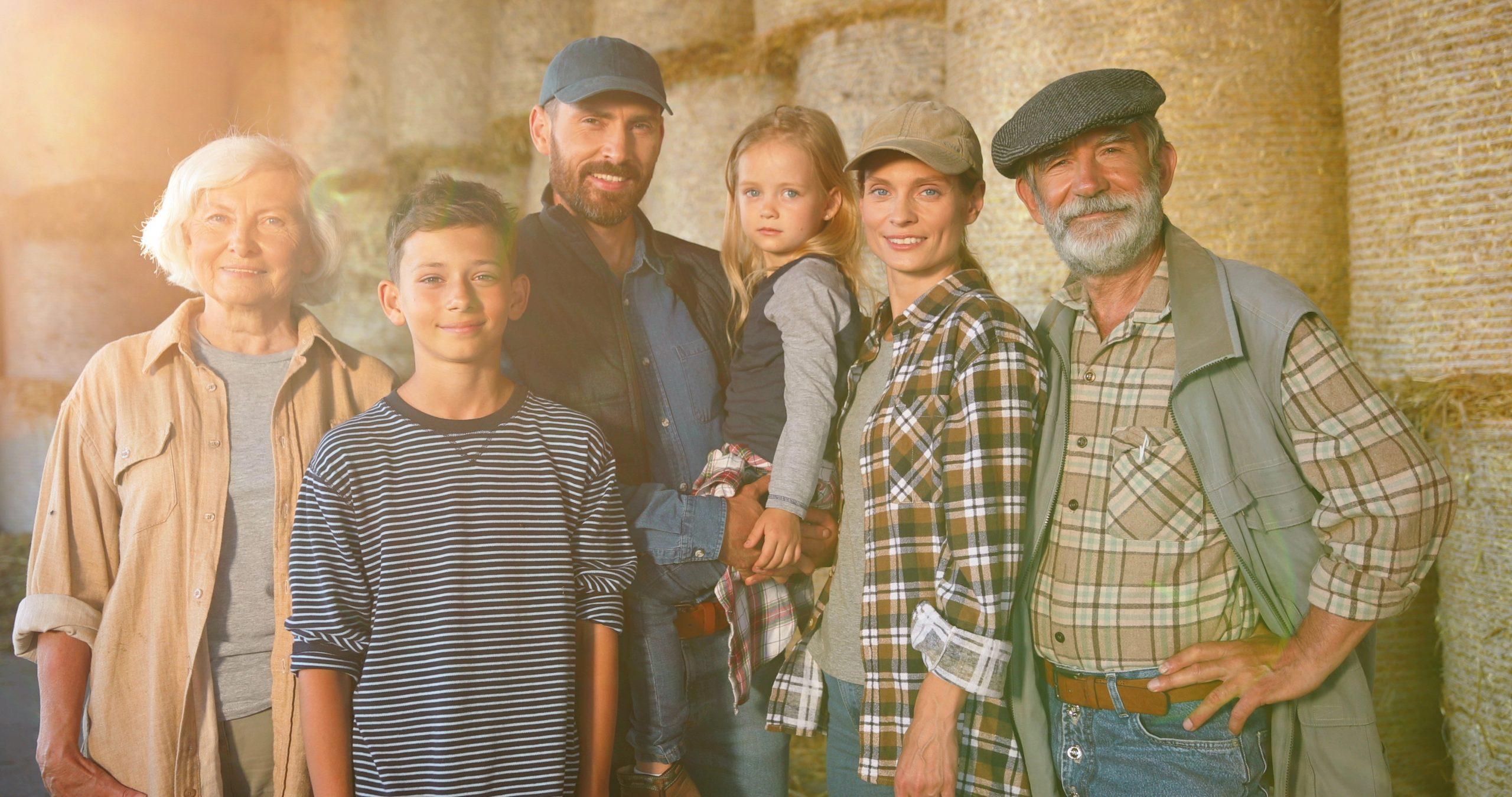 La țară, cu bunicii